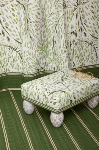 3.Green Swirl